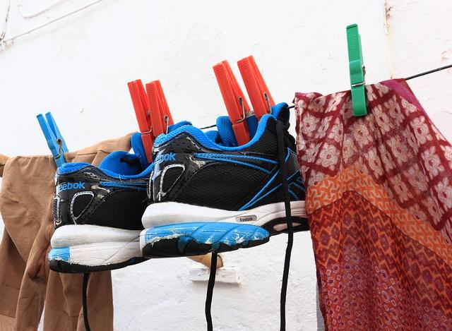 Hvordan er det nu lige, man egentlig bør vaske sit tøj?