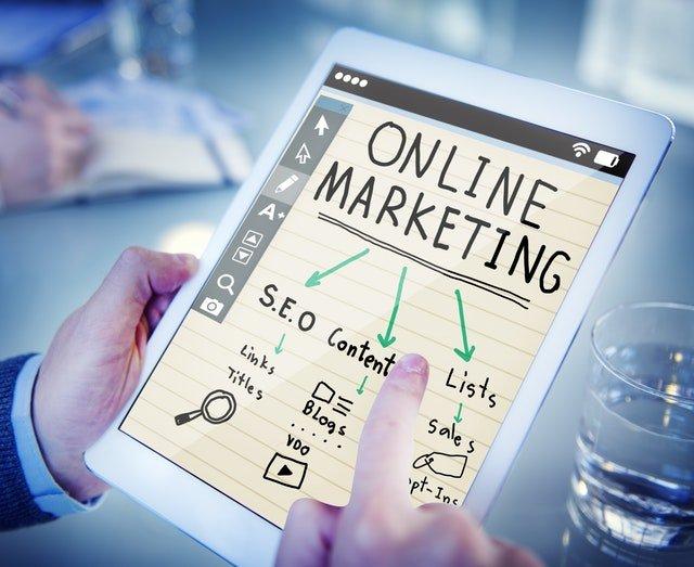 Bør du selv stå for digital marketing?